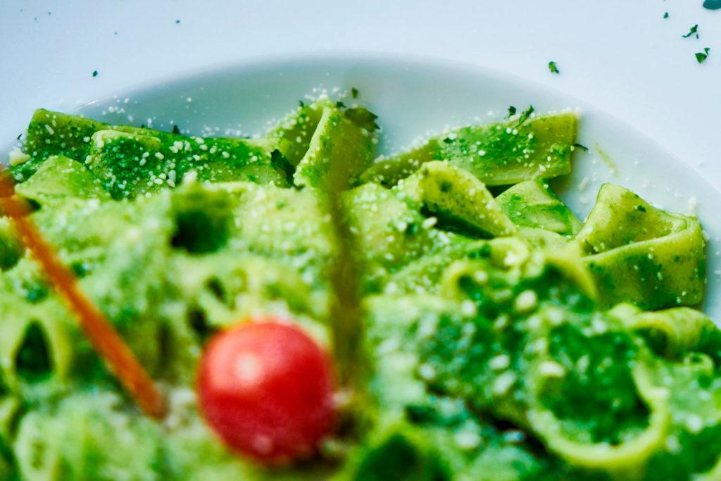 Piccola Stanza: pasta con salsa pesto