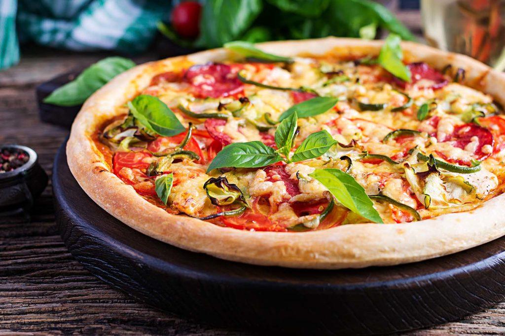 Orígenes de la pizza a través de la historia